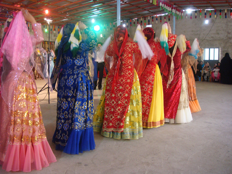 iran traditional clothing