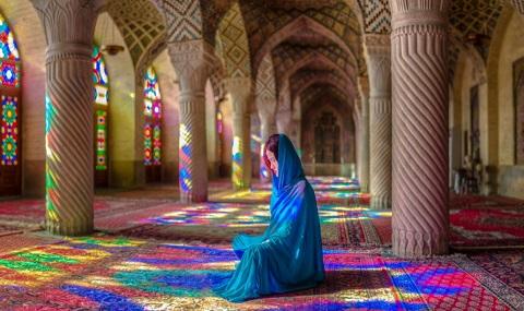 nasir-al-molk-mosqueliran tours-pink mosque. beautiful Iran